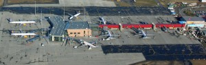 Keflavik airport bij Reykjavik  op IJsland, waar we overstappen op de vlucht naar Denver